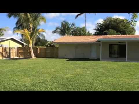 Single Family Home in Miami/the Falls Mall