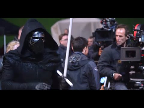 Star Wars: The Force Awakens (Blu-ray Sneak Peek 'Secrets of The Force Awakens')