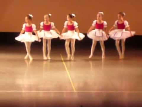 バレエ 可愛いバレエ発表会がある
