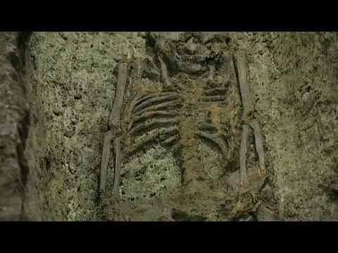 Kopenhagen: Skelette unterm Rathausplatz gefunden