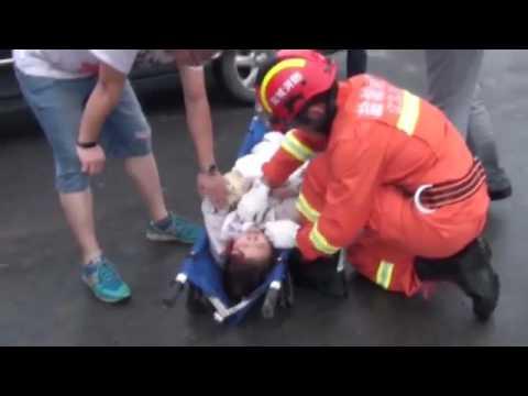 [Video] Trận cuồng phong kinh hoàng ở Trung Quốc khiến 98 người thiệt mạng