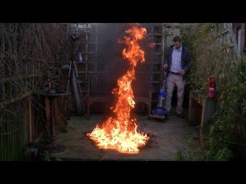 看到他拿吸塵器去滅火的時候感覺他可能是腦袋壞掉了,沒想到最後證明了吸塵器的另外一個神奇作用!