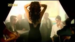 Download Video نانسي عجرم ( اخاصمك اه ) MP3 3GP MP4