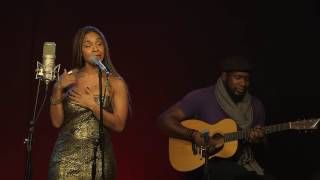 """Video Teedra Moses exclusively performs - """"Be Your Girl"""" Acoustic #ADTVLive (@AmaruDonTV) MP3, 3GP, MP4, WEBM, AVI, FLV Juli 2018"""