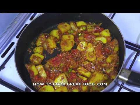 Potato Curry Recipe – Indian Bombay Aloo Masala
