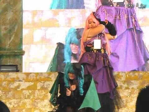 Oishi Cosplay Fantastic 7 World Cosplay Summit 2013 – Team 7 : Vocaloid Sandplay