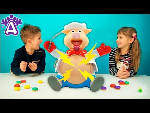 Видео для детей играем в игру Поросенок Поваренок. Pop the Pig Kids Game Toys & Games.Video for kids (видео)