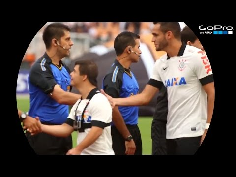 Corinthians embrace an athlete with Down syndrome
