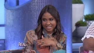 Video Angela Yee Dishes on Charlamagne MP3, 3GP, MP4, WEBM, AVI, FLV Agustus 2018