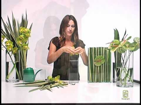 How to Make Submerged Flower Arrangements