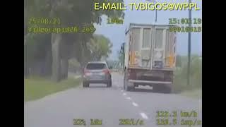 Policyjny pościg zakończony dachowaniem Audi. Nagranie z akcji