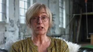 Liesbeth Mevissen (klinische psycholoog) vertelt over haar presentatie tijdens het jaarlijkse EMDR congres. Liesbeth is onlangs gepromoveerd. Ze heeft onderzoek verricht naar het gebruik van diagnostische instrumenten bij kinderen en jongeren met een verstandelijke beperking en PTSS. Ook heeft zij onderzoek gedaan naar de effectiviteit van EMDR bij deze doelgroep.