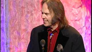 Video Eddie Vedder Inducts Neil Young into the Rock and Roll Hall of Fame MP3, 3GP, MP4, WEBM, AVI, FLV Februari 2019