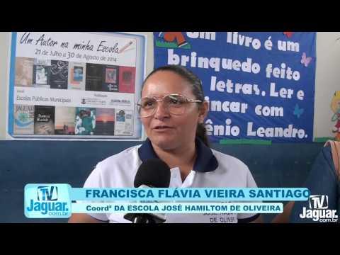 Download Um autor na minha escola escola José Hamiltom Oliveira B  Luiz Alves 27 08 2014 HD Mp4 3GP Video and MP3
