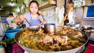 Video TOP 5 BEST THAI DISHES! | My Favorite Thai Food in Bangkok, Thailand! MP3, 3GP, MP4, WEBM, AVI, FLV Juli 2019