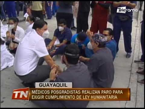 Médicos posgradistas realizan paro para exigir cumplimiento de ley humanitaria
