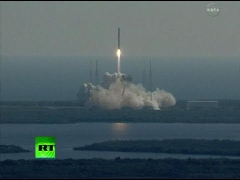 SpaceX Falcon 9 Dragon Capsule Launch for NASA