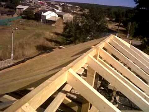 Hacer techo de madera videos videos relacionados con - Estructura madera laminada ...