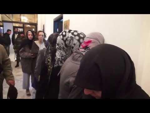 ربع وعشرون ساعة في زنازين سوريا