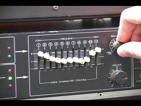 Vocoder - Quick demo showing the basic features of this awesome vocoder. I use an unfiltered saw wave from a Roland Juno 60 as carrier signal and my voice and TR-808 a...