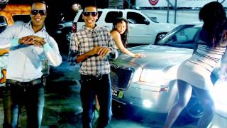 Video Wilo D' New - Menea Tu Chapa (Video Oficial) MP3, 3GP, MP4, WEBM, AVI, FLV September 2018