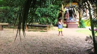 Escola Casa Amarela - Brincar de Casinha