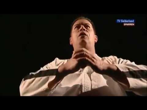 Taekwondogrootmeester gehuldigd in Lingemeer
