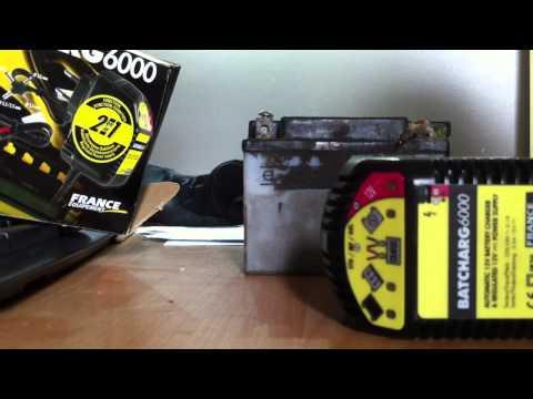 comment demonter batterie tmax
