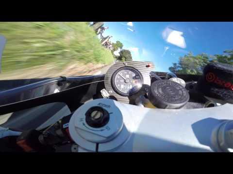 Vídeos de 'La increíble vuelta de Michael Dunlop en el TT con una Suzuki XR69 (VIDEO)'