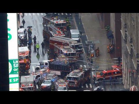 Manhattan: Tödlicher Hubschrauber-Absturz auf Hochhau ...