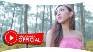 Download lagu Tika Kristianti Wanita Wanita Mp3