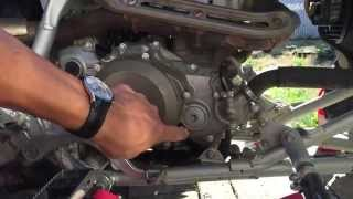 9. 2006 TRX 450R How Change oil And Transmission oil Level Check