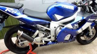 3. Yamaha R6 2000 Carbon Stubby Exhaust