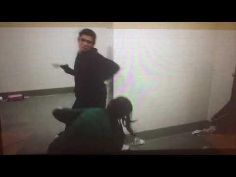 MONSE AND JAMAL FIGHTING - On My Block (S1 EP09)