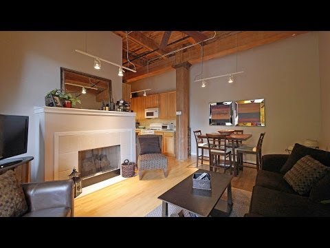 A classic timber loft steps from the Bloomingdale Trail