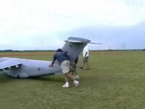 Maior avião de controle Remoto