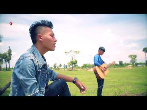 Huas Vaj New Singer Tsi Ntseeg Lus Taug Xaiv { Official Video } 2018 (видео)