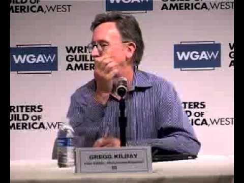 Der Instruktor des Autorenprogramms  moderiert das  WGA-Panel
