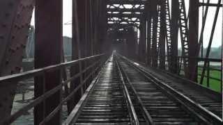 Garhmukteshwar India  City new picture : INDIAN RAILWAYS Eastern view Garhmukteshwar girder bridge, Ganges river.MP4