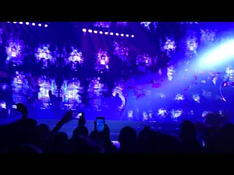 Gimme More + Break The Ice + Piece Of Me – Britney Spears : Piece Of Me – Las Vegas – 2/12