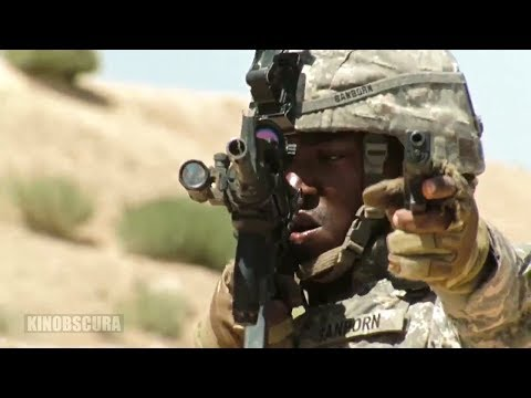 The Hurt Locker (2008) - We're on the same fuking side,guys