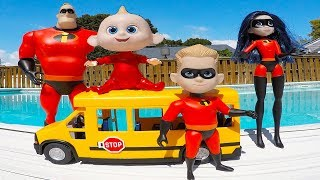 Video Incredibles Family School Bus Trip and Crayola Crayon Colors in Swimming Pool | Episode 11 MP3, 3GP, MP4, WEBM, AVI, FLV September 2018