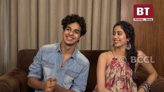 Video 'Dhadak': Ishaan Khatter and Janhvi Kapoor get goofy! MP3, 3GP, MP4, WEBM, AVI, FLV Maret 2019
