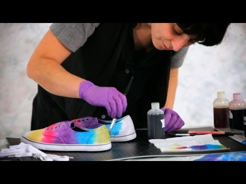 How to Tie Dye Shoes & Sneakers | Tie Dyeing