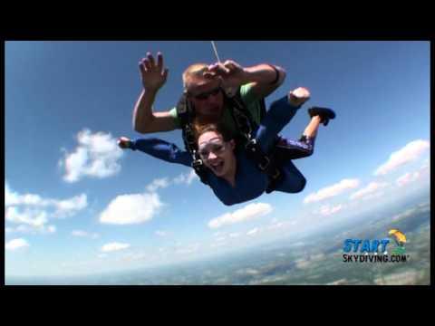 StartSkydiving.com: Angela White (видео)