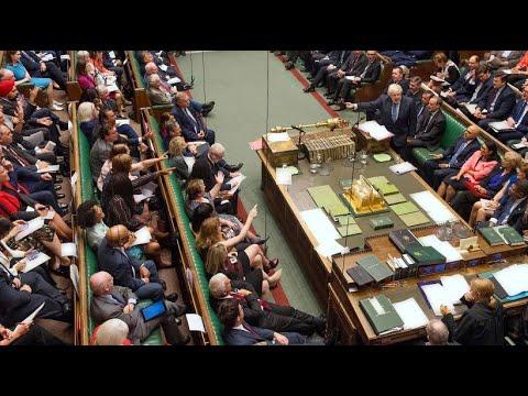 Großbritannien: Britisches Parlament stimmt für Brexi ...