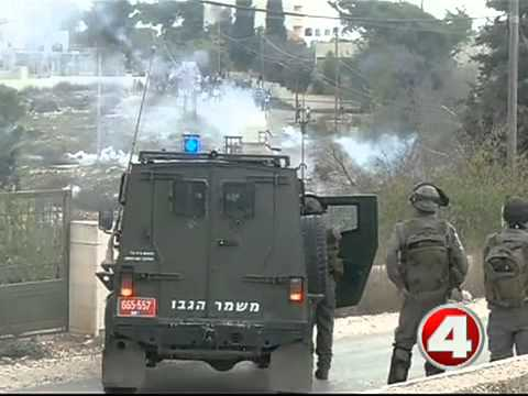 Palestinian deaths reach 100, both sides ready for diplomatic solution