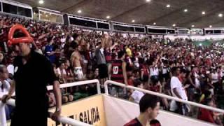Flamengo Eu SouMengo é paixão, religiãoUma certeza de felicidade no meu coraçãoEu nasci Flamengo e sempre vou te amarNão importa se ele perde ou ganha, eu vou cantar.Mengooooo, Mengoooo, Mengoooo, Mengooooo.Flamengo eu sou.