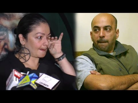 Pooja Bhatt Caught Talking On The Phone About Her