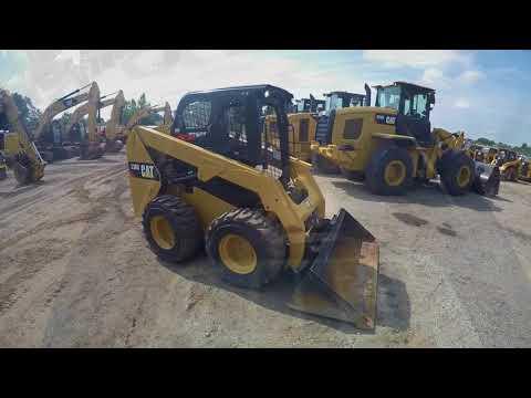 CATERPILLAR MINICARGADORAS 236D equipment video cXkKOnfMtI0